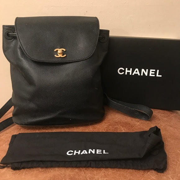 5c4bc7f93fe7 ... Caviar Maxi Classic Bag clearance sale 53f42 32480  M  5bc05b1cc9bf50cbd48186c9 reasonably priced 4ea8e 219bc  Chanel 2018 Black  Quilted Grained ...